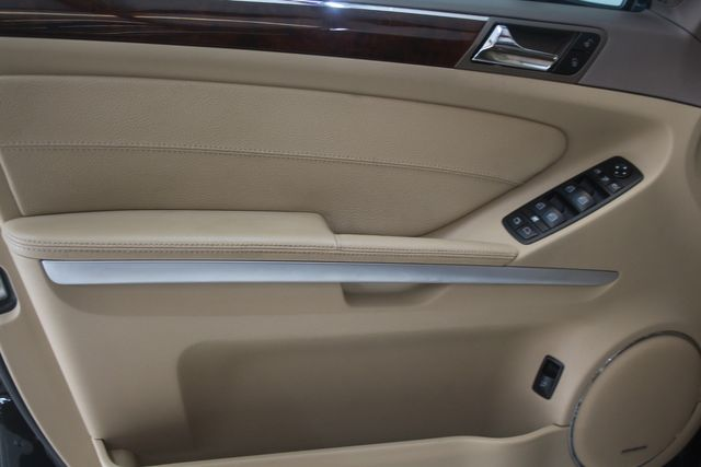 2008 Mercedes-Benz GL550 5.5L Houston, Texas 17