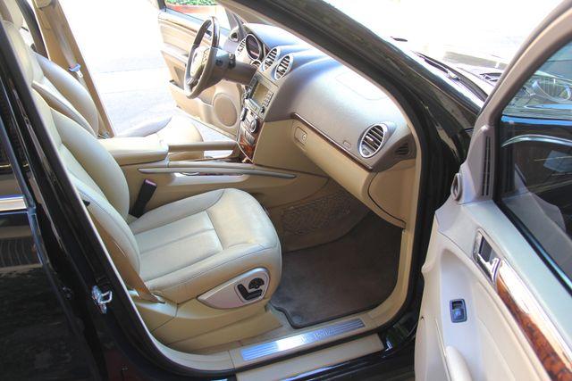 2008 Mercedes-Benz GL550 5.5L Reseda, CA 30