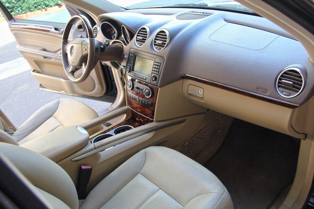 2008 Mercedes-Benz GL550 5.5L Reseda, CA 1