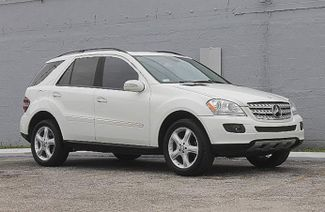 2008 Mercedes-Benz ML350 3.5L Hollywood, Florida 1