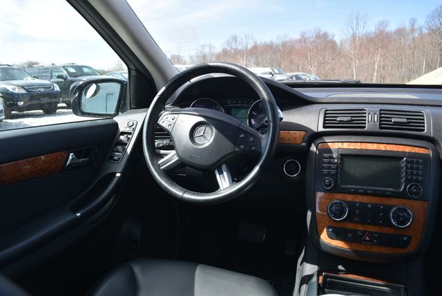 2008 Mercedes-Benz R350 4Matic Naugatuck, Connecticut 12