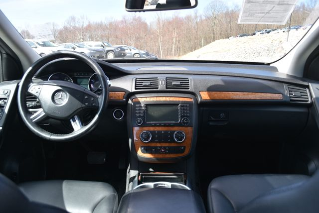 2008 Mercedes-Benz R350 4Matic Naugatuck, Connecticut 13