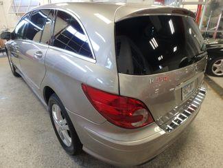 2008 Mercedes R350 4matic 3RD ROW, SEATS 7,  FAMILY FRIENDLY! Saint Louis Park, MN 9