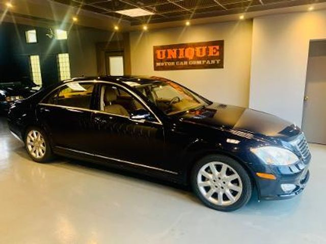 2008 Mercedes-Benz S550 5.5L V8 in , Pennsylvania 15017