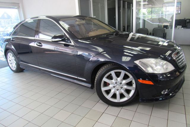2008 Mercedes-Benz S550 5.5L V8 W/ NAVIGATION SYSTEM/ BACK UP CAM Chicago, Illinois