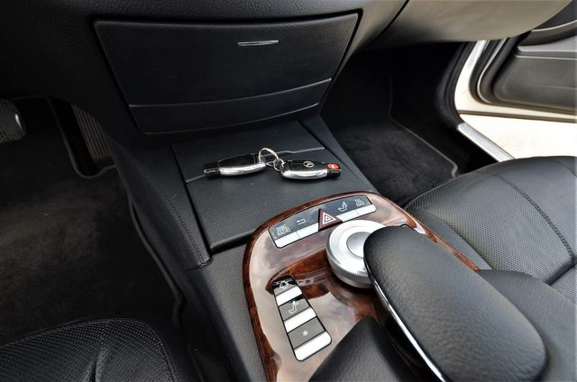 2008 Mercedes-Benz S550 5.5L V8 AMG in Reseda, CA, CA 91335