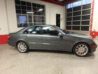 2008 Mercedes E350 4-Matic, Navi, INDOOR SHOWROOM !!! Saint Louis Park, MN 1