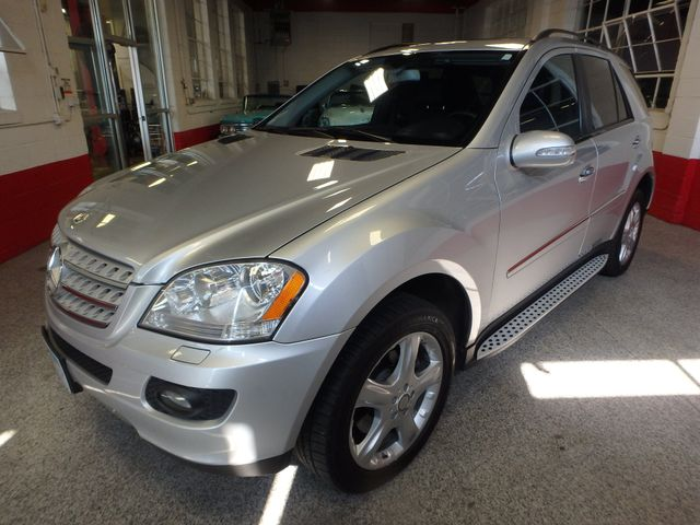 2008 Mercedes Ml320 4-Matic NAV, DVD,BLUETOOTH, SERVICED. AND READY! Saint Louis Park, MN 9