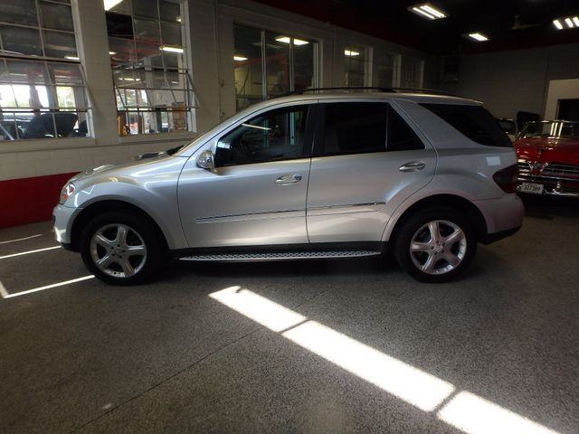 2008 Mercedes Ml320 4-Matic NAV, DVD,BLUETOOTH, SERVICED. AND READY! Saint Louis Park, MN 10