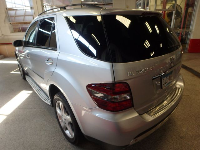 2008 Mercedes Ml320 4-Matic NAV, DVD,BLUETOOTH, SERVICED. AND READY! Saint Louis Park, MN 11