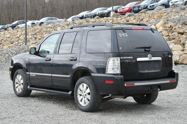 2008 Mercury Mountaineer AWD Naugatuck, Connecticut 4