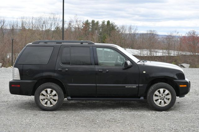 2008 Mercury Mountaineer AWD Naugatuck, Connecticut 7
