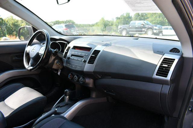 2008 Mitsubishi Outlander ES 4WD Naugatuck, Connecticut 10