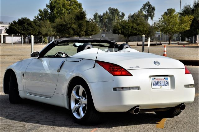 2008 Nissan 350Z Touring in Reseda, CA, CA 91335
