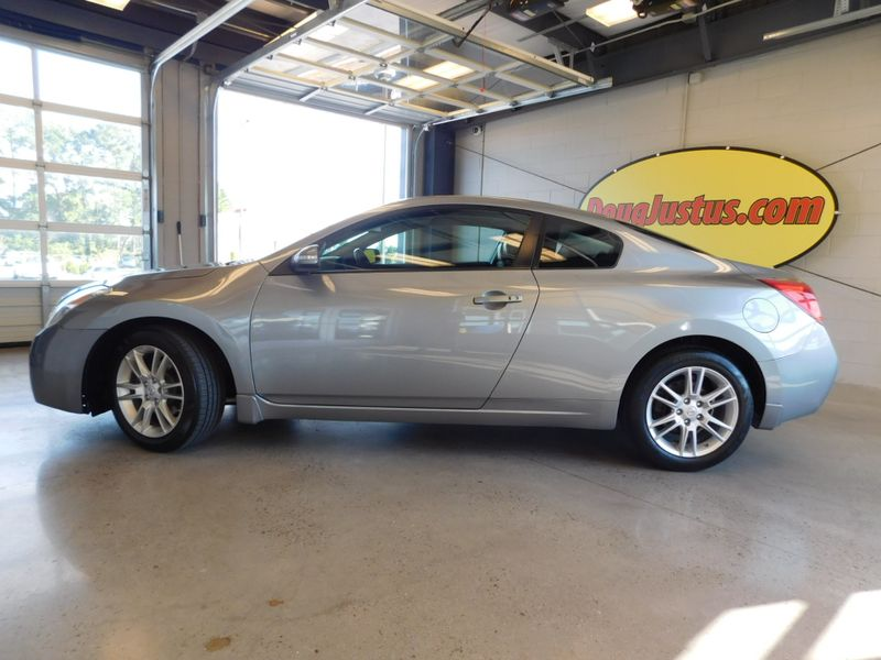 2008 Nissan Altima 35 SE  city TN  Doug Justus Auto Center Inc  in Airport Motor Mile ( Metro Knoxville ), TN