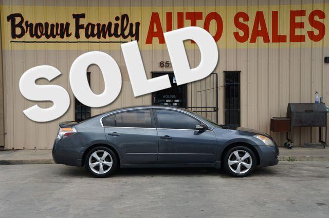 2008 Nissan Altima 3.5 SE | Houston, TX | Brown Family Auto Sales in Houston TX