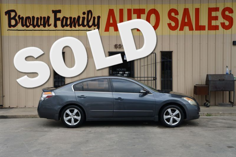 2008 Nissan Altima 3.5 SE | Houston, TX | Brown Family Auto Sales in Houston TX