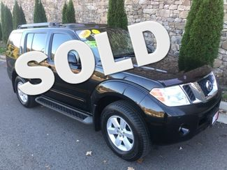 2008 Nissan-3rd Row!! Moonroof! Pathfinder-MINT! 4X4! BHPH! SE Knoxville, Tennessee
