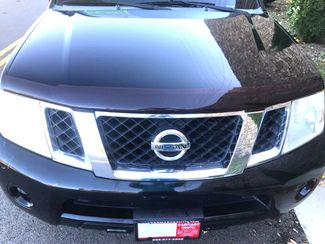 2008 Nissan-3rd Row!! Moonroof! Pathfinder-MINT! 4X4! BHPH! SE Knoxville, Tennessee 1