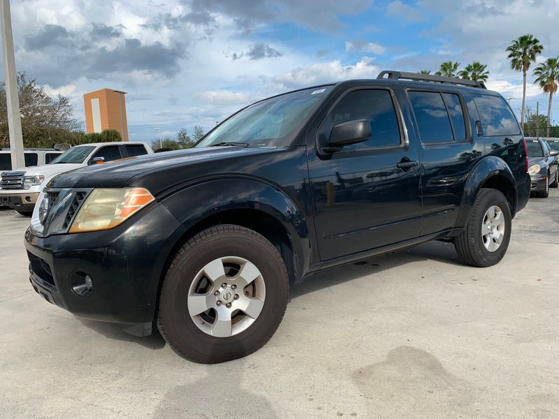 2008 Nissan Pathfinder S in Lighthouse Point FL