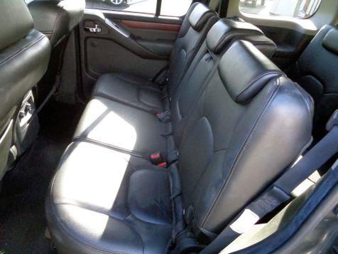 2008 Nissan Pathfinder LE | Nashville, Tennessee | Auto Mart Used Cars Inc. in Nashville, Tennessee