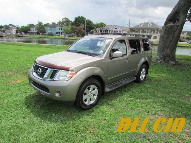 2008 Nissan Pathfinder SE
