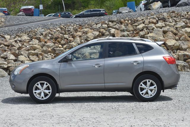 2008 Nissan Rogue SL Naugatuck, Connecticut 1