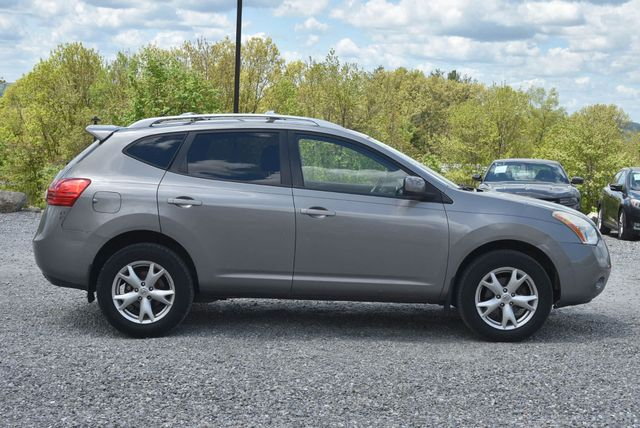 2008 Nissan Rogue SL Naugatuck, Connecticut 5