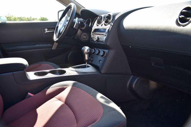 2008 Nissan Rogue SL Naugatuck, Connecticut 8