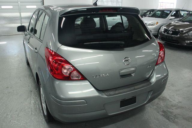 2008 Nissan Versa 1.8 SL Hatchback Kensington, Maryland 10