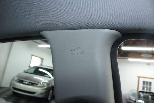 2008 Nissan Versa 1.8 SL Hatchback Kensington, Maryland 18