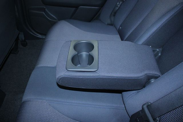 2008 Nissan Versa 1.8 SL Hatchback Kensington, Maryland 27