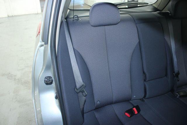 2008 Nissan Versa 1.8 SL Hatchback Kensington, Maryland 39