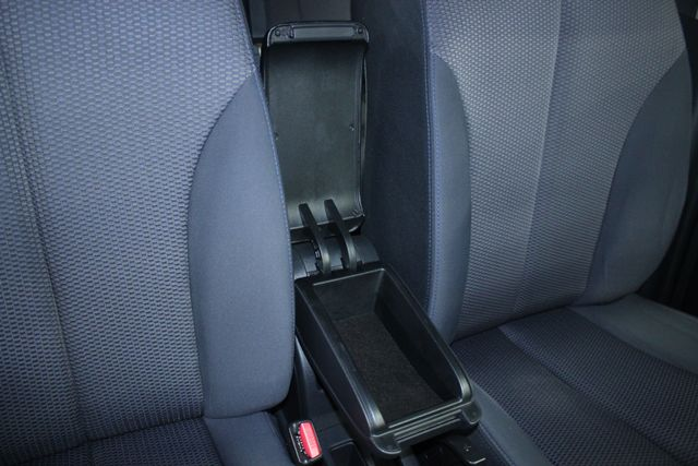 2008 Nissan Versa 1.8 SL Hatchback Kensington, Maryland 60