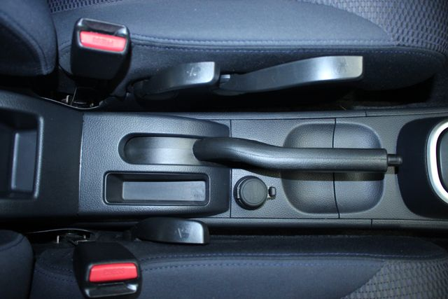 2008 Nissan Versa 1.8 SL Hatchback Kensington, Maryland 61