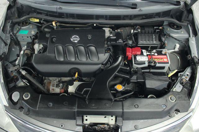 2008 Nissan Versa 1.8 SL Hatchback Kensington, Maryland 82