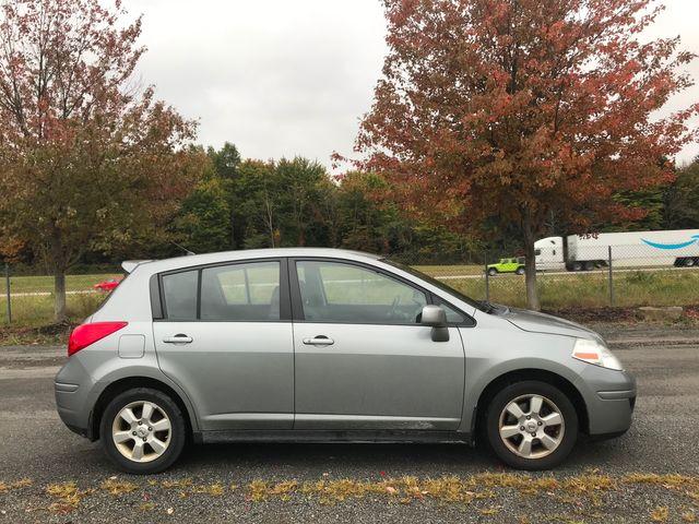 2008 Nissan Versa 1.8 SL Ravenna, Ohio 4