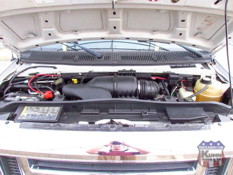 2008 Phoenix Cruiser M-2900 Double Slide   in Sherwood, Ohio