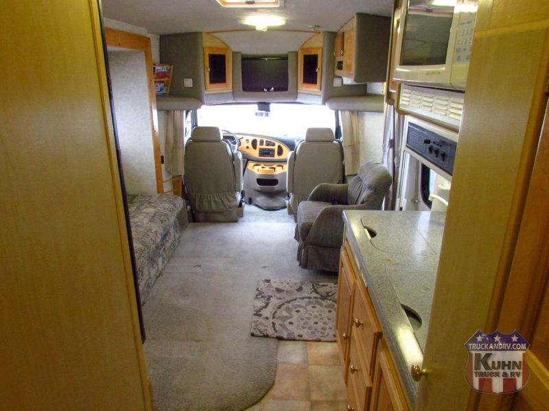 2008 Phoenix Cruiser M-2900 Double Slide   in Sherwood, Ohio