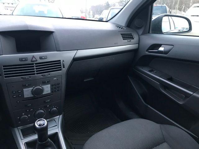 2008 Saturn Astra XE Ravenna, Ohio 9