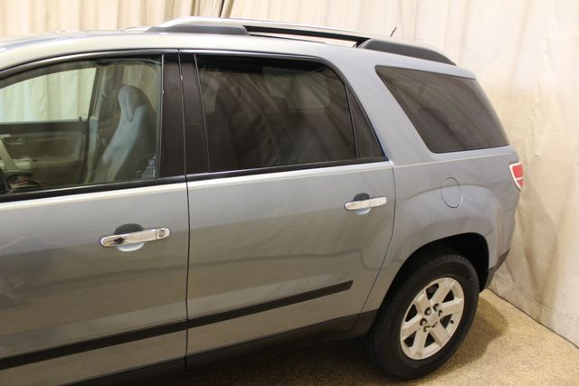 2008 Saturn Outlook XE in Roscoe, IL 61073