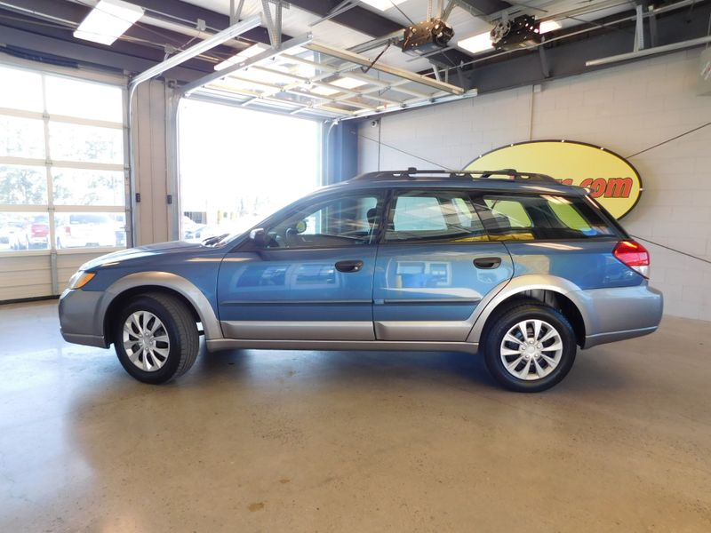 2008 Subaru Outback   city TN  Doug Justus Auto Center Inc  in Airport Motor Mile ( Metro Knoxville ), TN