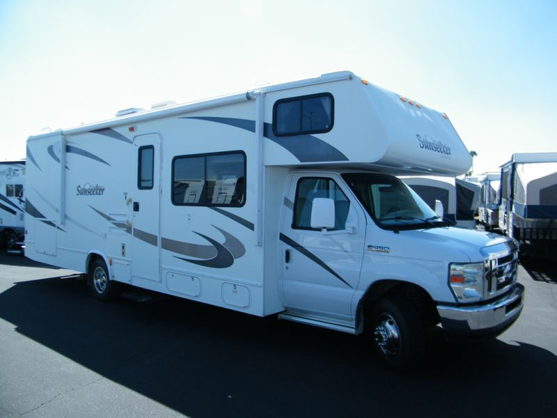 2008 Sunseeker 2860DS Class C Motorhome  in Surprise AZ