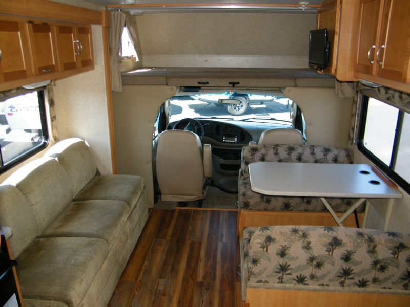 2008 Sunseeker 2860DS Class C Motorhome  in Surprise, AZ