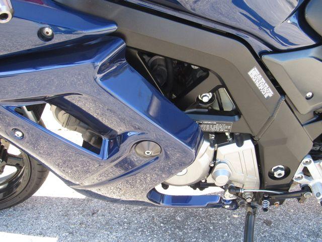 2008 Suzuki SV650SF in Dania Beach Florida, 33004