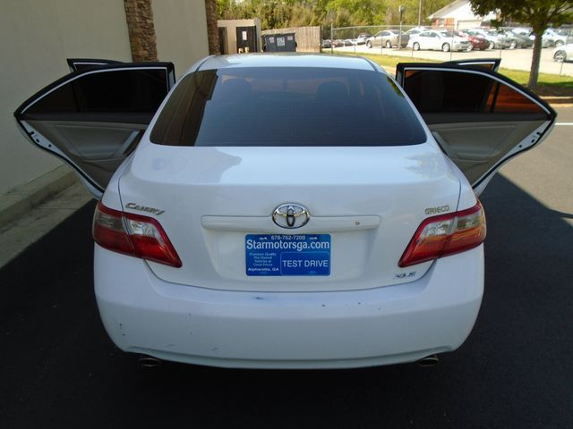 2008 Toyota Camry XLE with Leather and Sunroof in Alpharetta, GA 30004