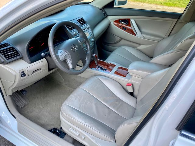 2008 Toyota CAMRY XLE SEDAN 4 CYL LEATHER NEW TIRES SERVICE RECORDS in Van Nuys, CA 91406