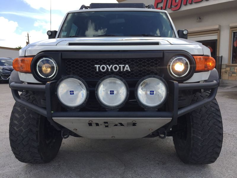 2008 Toyota FJ Cruiser   Brownsville TX  English Motors  in Brownsville, TX