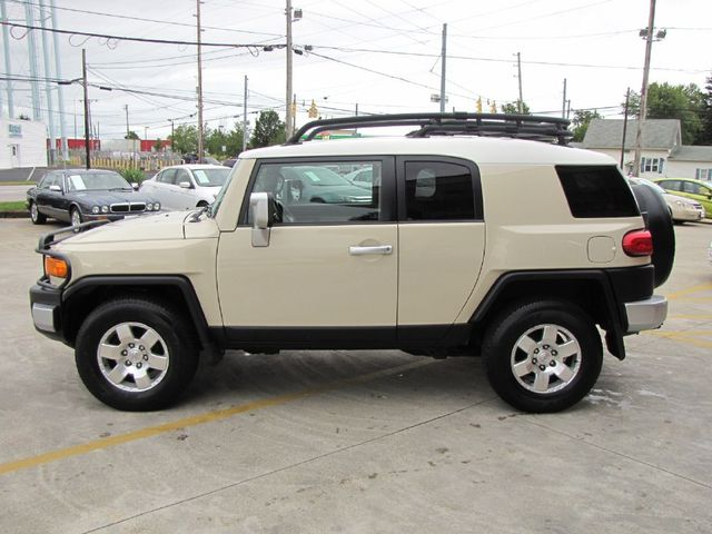 2008 Toyota FJ Cruiser in Medina OHIO, 44256