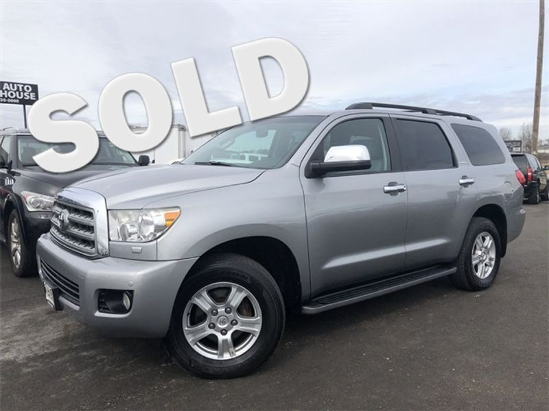 2008 toyota sequoia dvd player